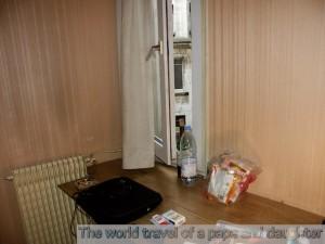 パリの安ホテル