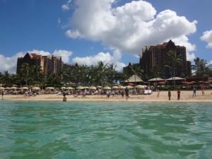 アウラニのビーチ